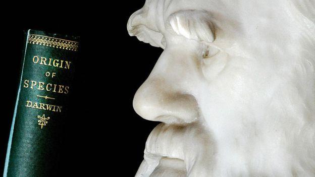 চার্লস ডারউইন ও তার বিখ্যাত বই