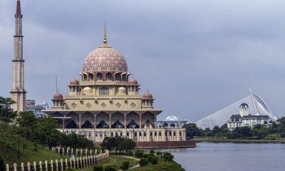 আলোকিত স্থাপনা: বায়তুল মোকাররম মসজিদ