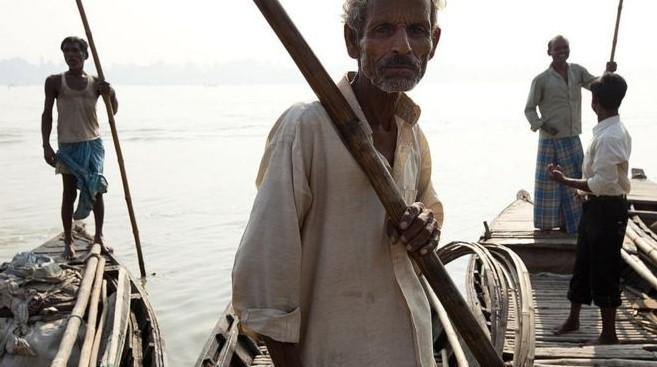 গন্ডক নদী নেপালে উৎপন্ন হয়ে ভারতের বিহারে প্রবেশ করেছে