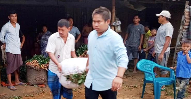 বিনা মাশুলে রাজধানীতে আসছে প্রান্তিক কৃষকদের মৌসুমি ফল
