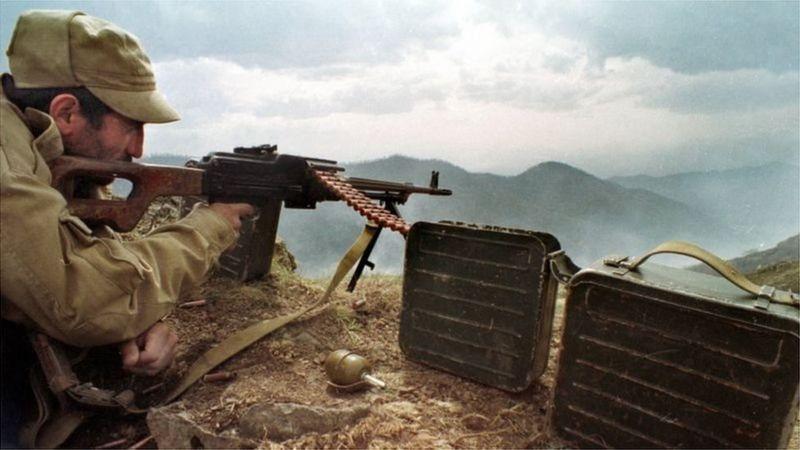 ১৯৯০ এর দশকে আজারবাইজানের সেনা অভিযানকে ঠেকিয়ে দিয়েছিল আর্মেনীয়রা