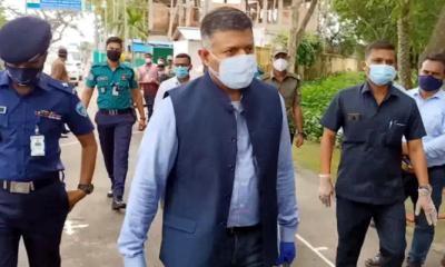 ভারতে উৎপাদন বাড়লে টিকা পাবে বাংলাদেশ: বিক্রম দোরাইস্বামী